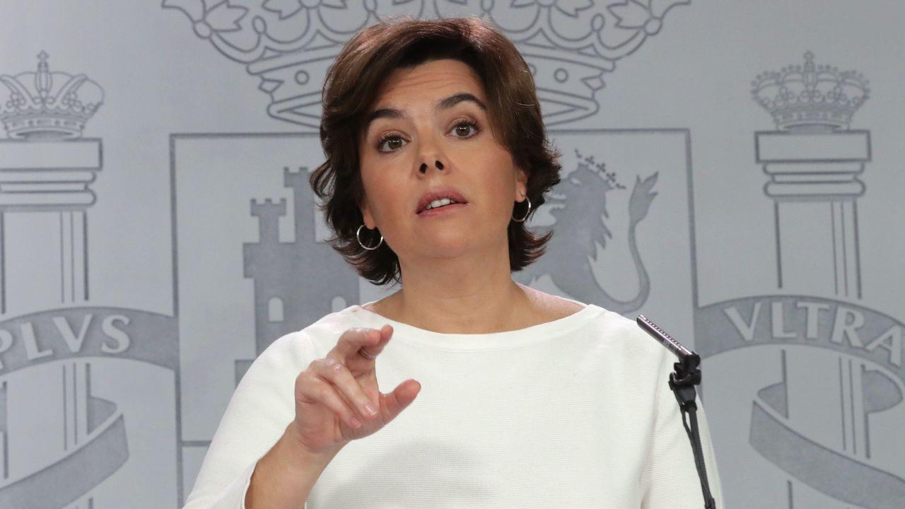 Sáenz de Santamaría: «Cuando se instala la incertidumbre, las inversiones se escapan».