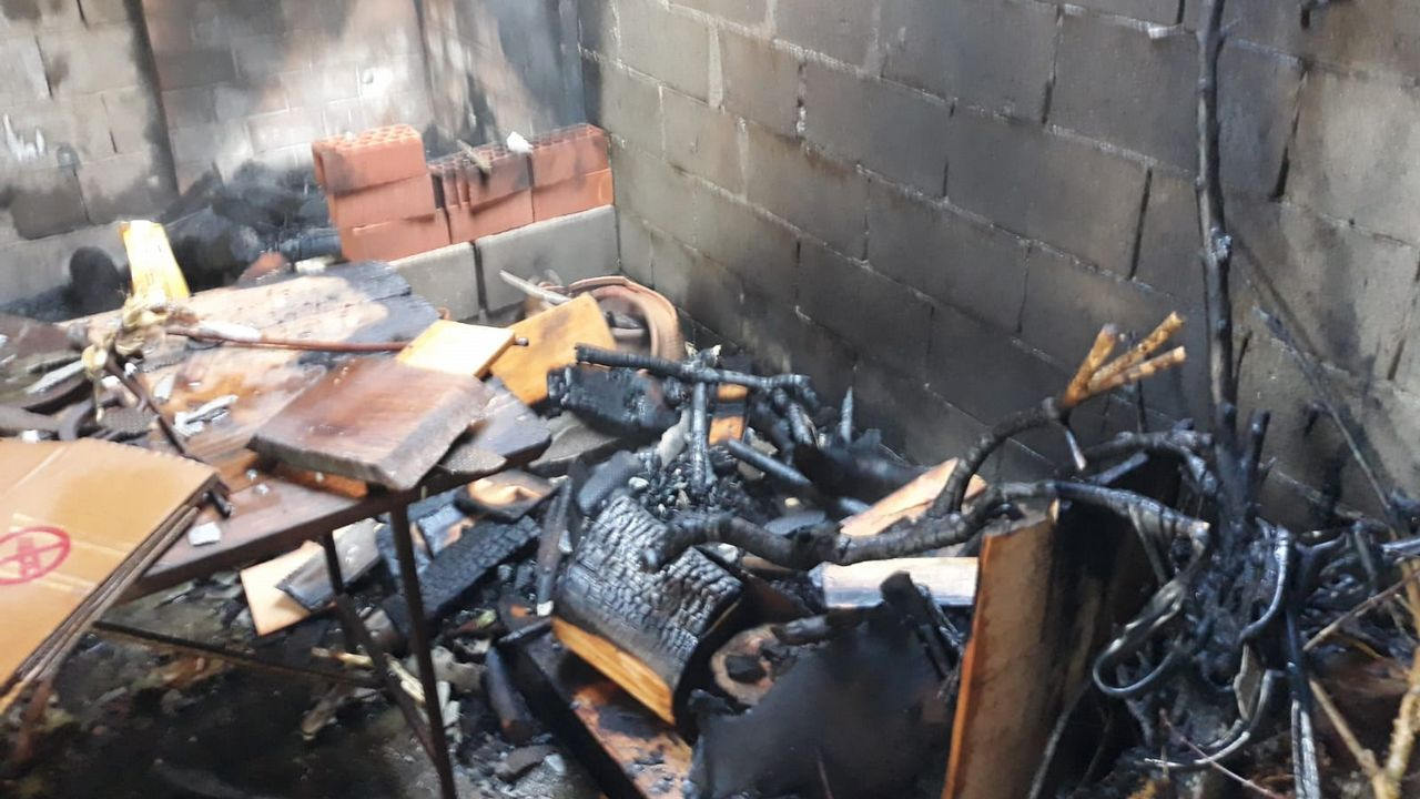 Funcionarios de Teixeiro se suman a la primera huelga general en las cárceles.incendio