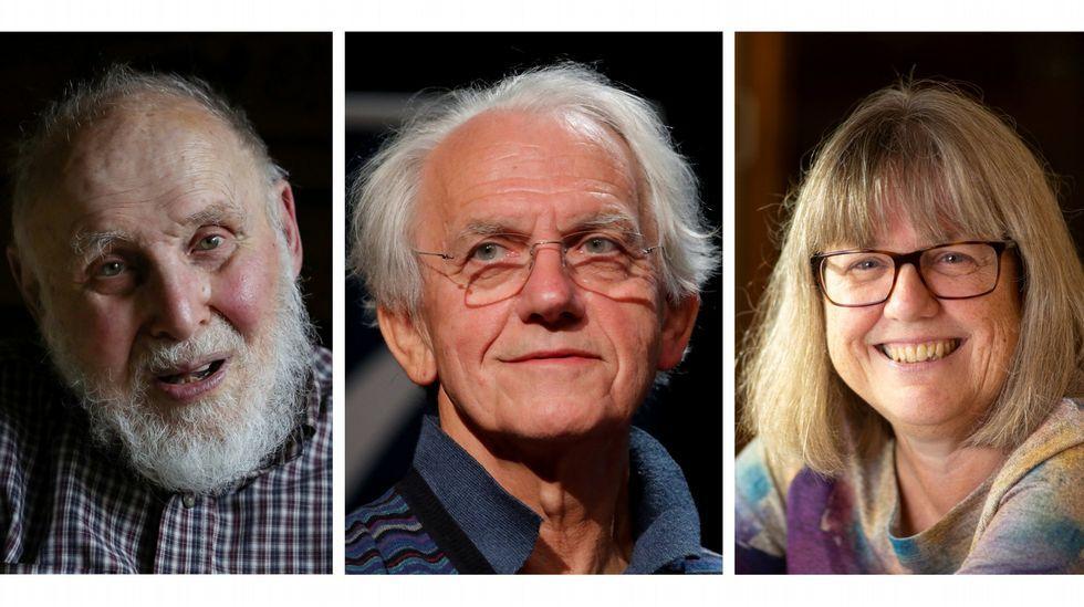 Os tres premiados co Nobel de Física no 2018, o estadounidense Arthur Ashkin, o francés Gerard Mourou e a canadense Donna Strickland2018