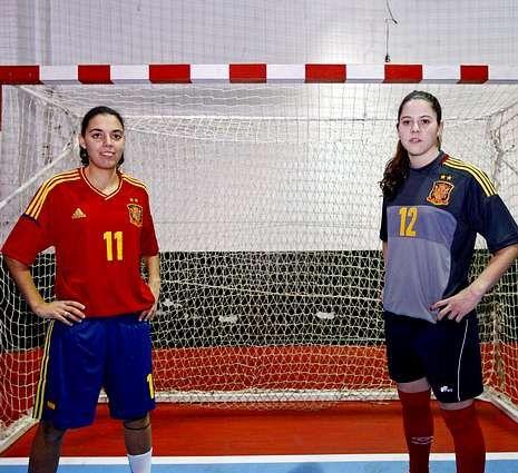 Ceci y Silvia se estrenaron con España en noviembre del 2013.