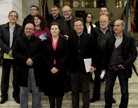 Vence, con alcaldes de la zona, en la Diputación.