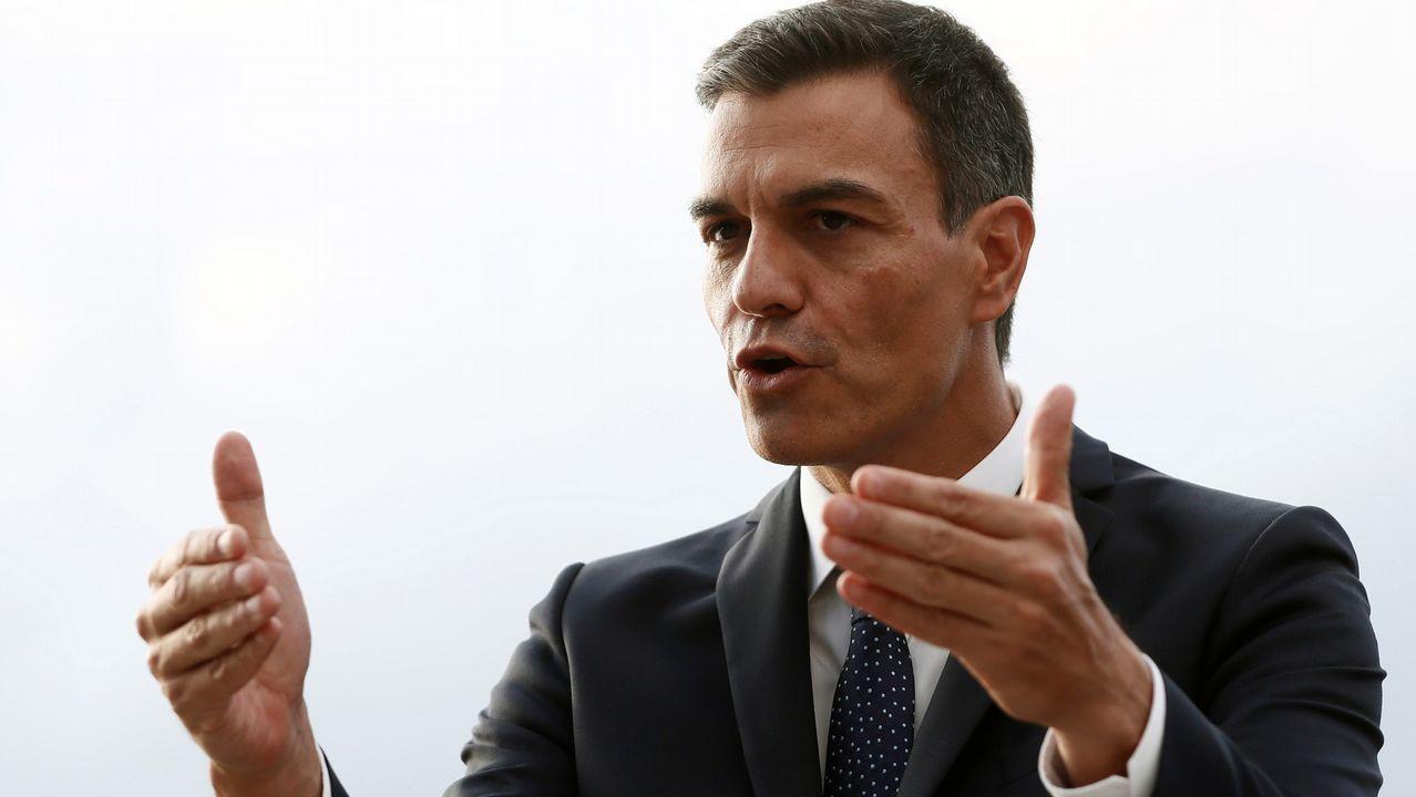 Rivera cuestiona la tesis doctoral de Pedro Sánchez.El Gobierno de Pedro Sánchez, con Huerta y Montón, tras  tomar posesión el pasado 7 de junio
