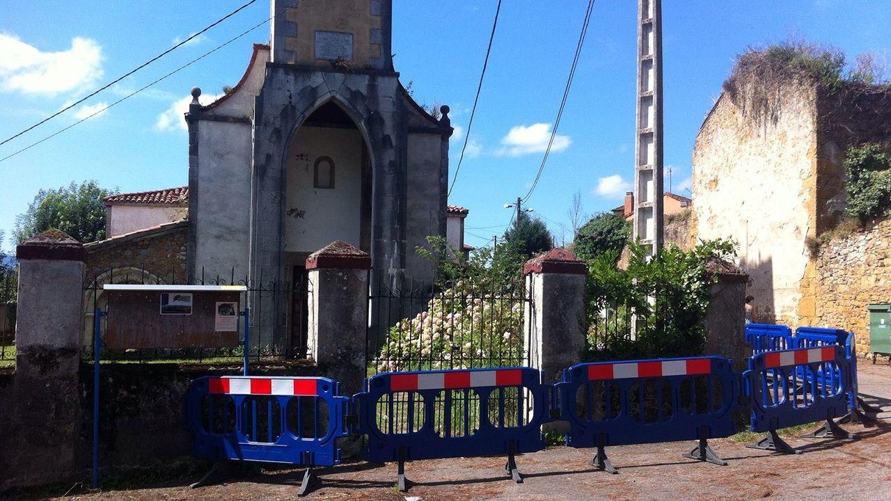 Parroquia de Loriana, en Oviedo, acordonada