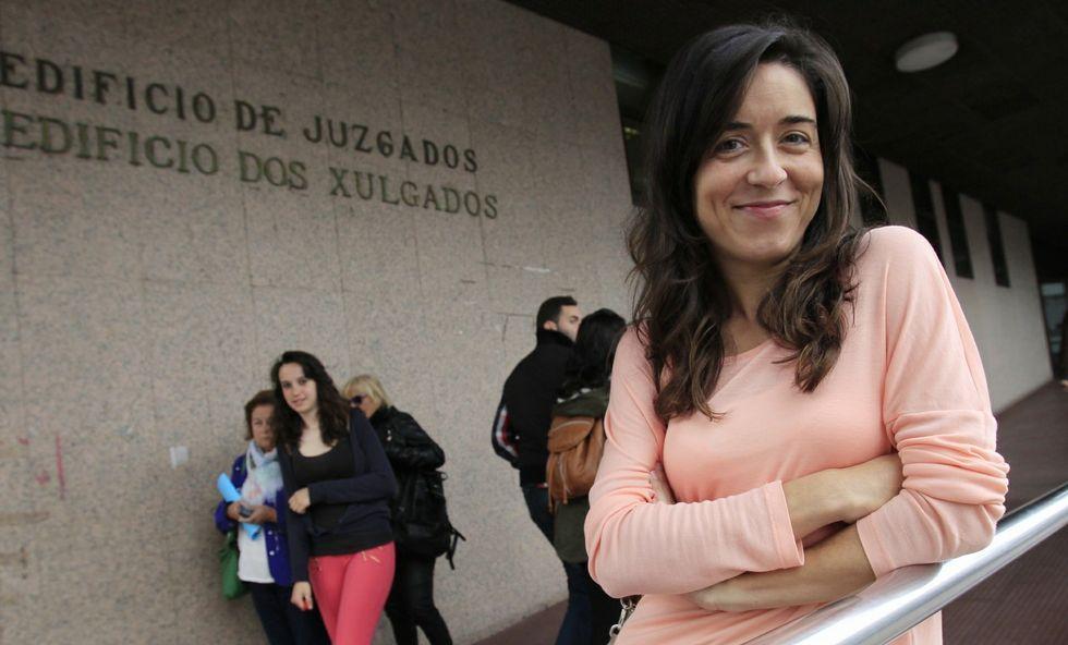 <span lang= es-es >Rivales íntimas</span>. Mireia Belmonte y María Vilas, el viernes en Dubái y bajo el paraguas de la selección española, compitieron por dos plazas para el preolímpico de junio en Setúbal.