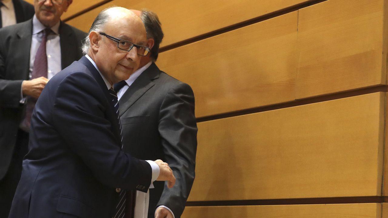 Javier Fernández y Mercedes Fernández en la Junta General
