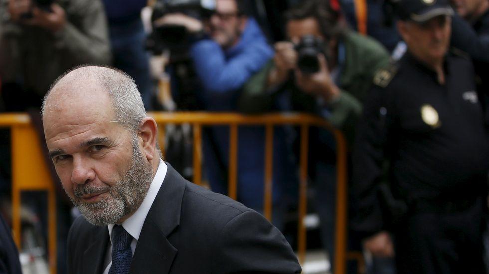 Chaves declara ante el Supremo.Gaspar Zarrías llega a las dependencias del Tribunal Supremo por el caso de los ERE fraudulentos
