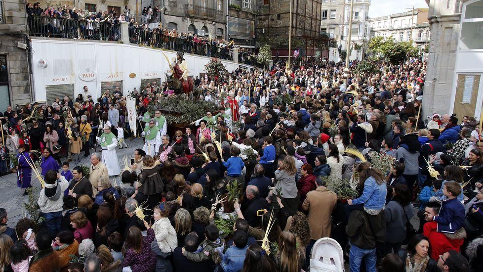Explosión en Jerusalén.La procesión de Jesús Amigo de los Niños salió de las Angustias.