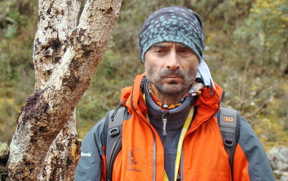 Andrés Villar durante una de sus múltiples escapadas, en las que aprovecha para realizar alpinismo.