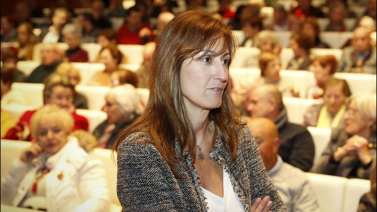 CHARLAS SALUDABLES DE A CORUÑA. LA DOCTORA MARÍA DEL MAR CASTELLANOS RODRIGO, JEFA DEL SERVICIO DE NEUROLOGÍA DEL CHUAC