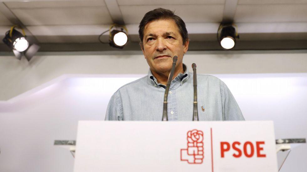 Feijoo: «Que no se castigue a los que cumplimos» incluso teniendo menos recursos».Javier Fernández
