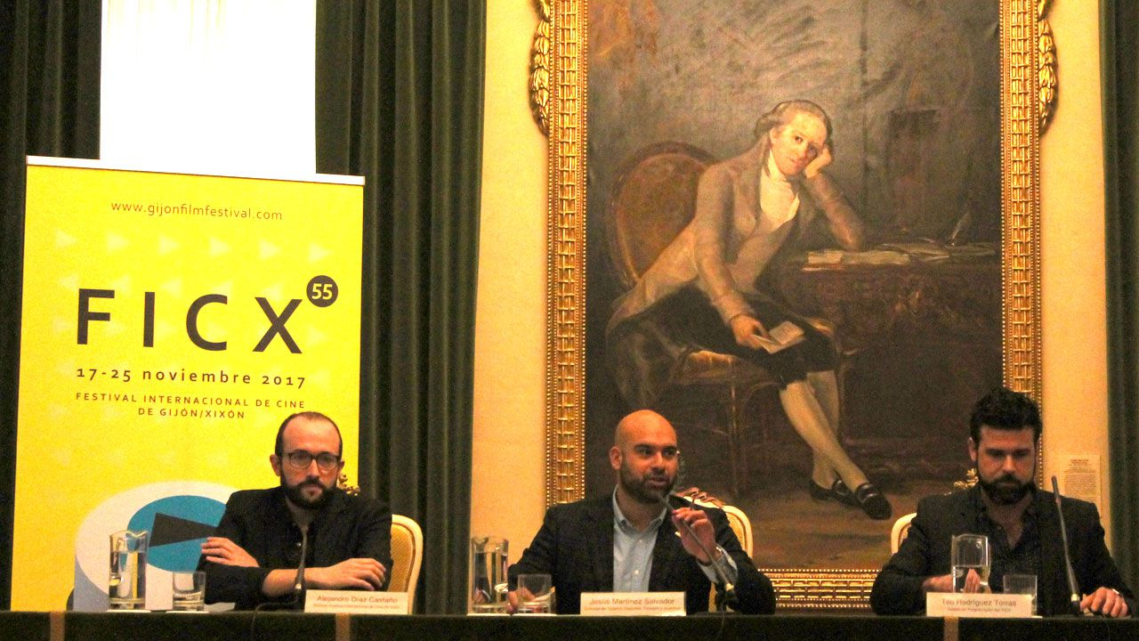 Alejandro Díaz Castaño, Jesús Martínez Salvador y Tito Rodríguez, en la presentación del FICX55