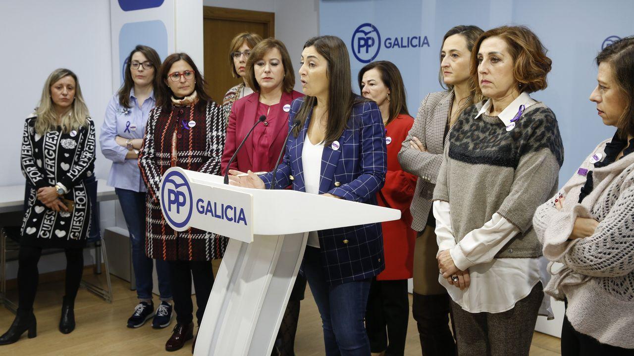 Amaia recoge sus cosas de casa de Alfred.El Hospital Central Universitario de Asturias (HUCA)