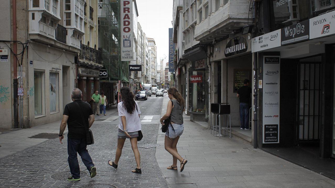 Motoristas de Tráfico toman la plaza de María Pita de A Coruña.Imagen de la edición pasada del festival de música electrónica de Arriondas