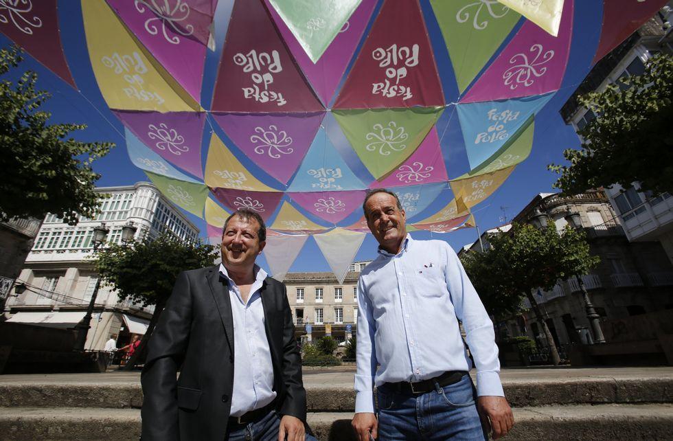 El alcalde y el edil de turismo de O Carballiño fueron los encargados de la presentación.