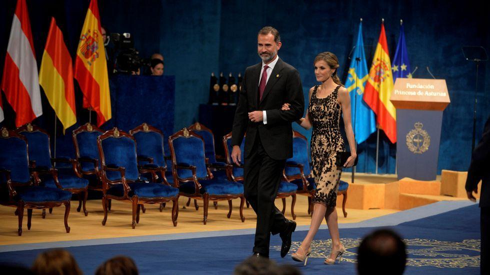 Felipe VI y doña Letizia, en el teatro Campoamor