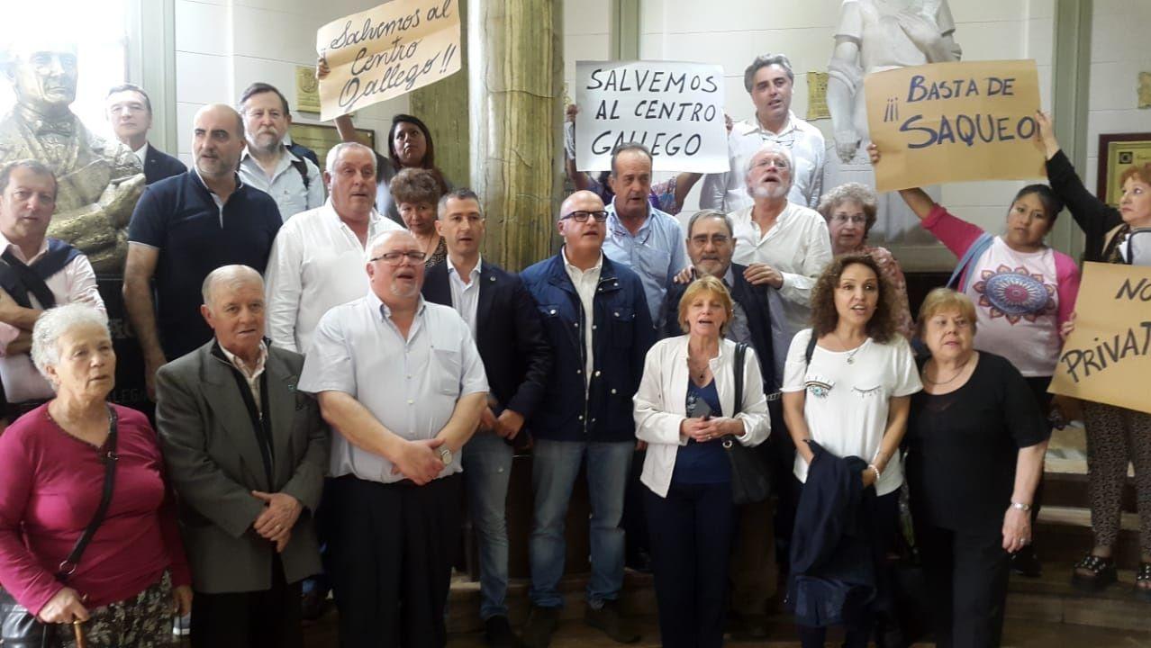 Celebración del centenario del Centro Partido do Carballiño de Buenos Aires