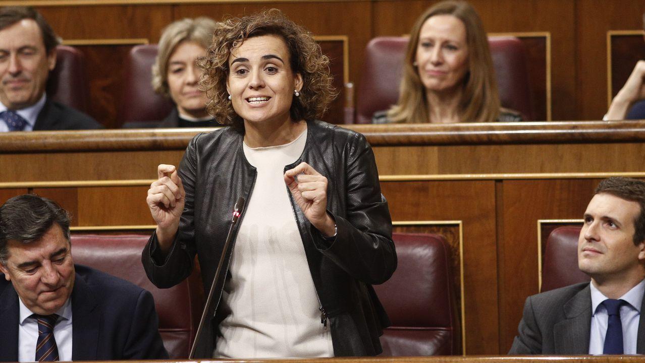 Dolors Montserrat, portavoz del PP en el Congreso, en una sesión de control al Gobierno