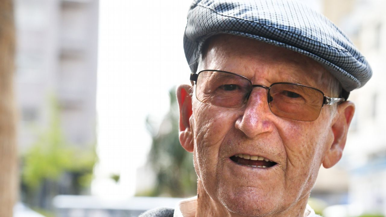 Pablo Álvarez, 85. Nació en Salvaterra, vivió en Madrid y Pontevedra. Fue sereno.
