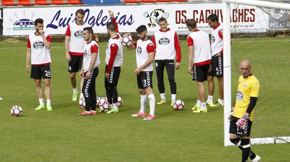 Moussa Sidibé, jugador del Guadalajara