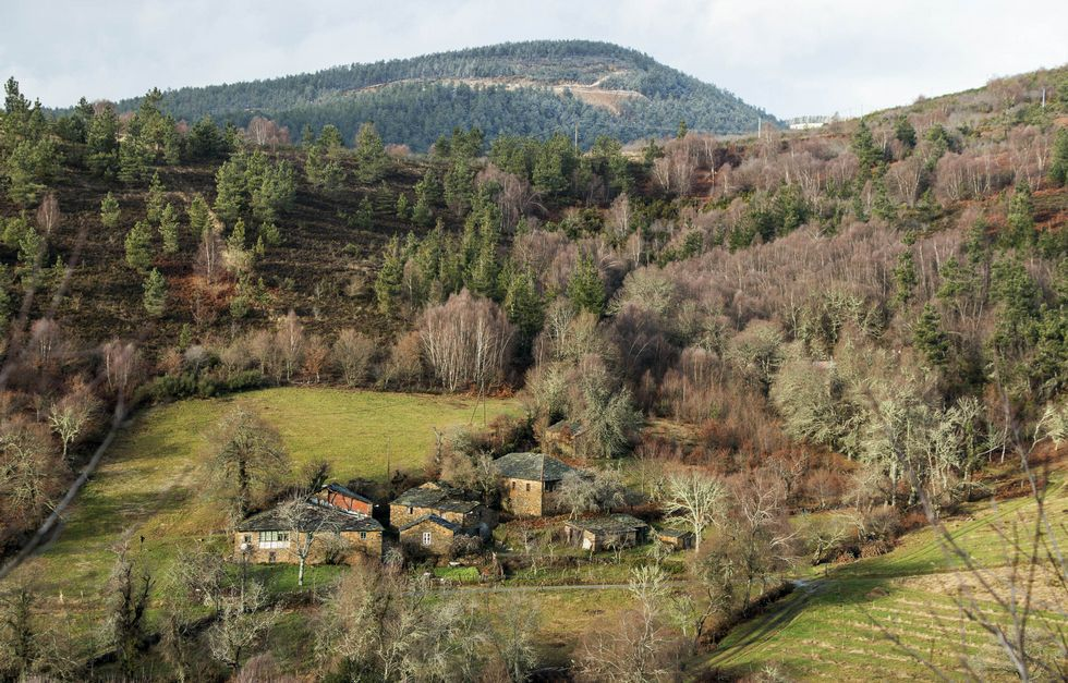 Vista general de la aldea de Pradelas