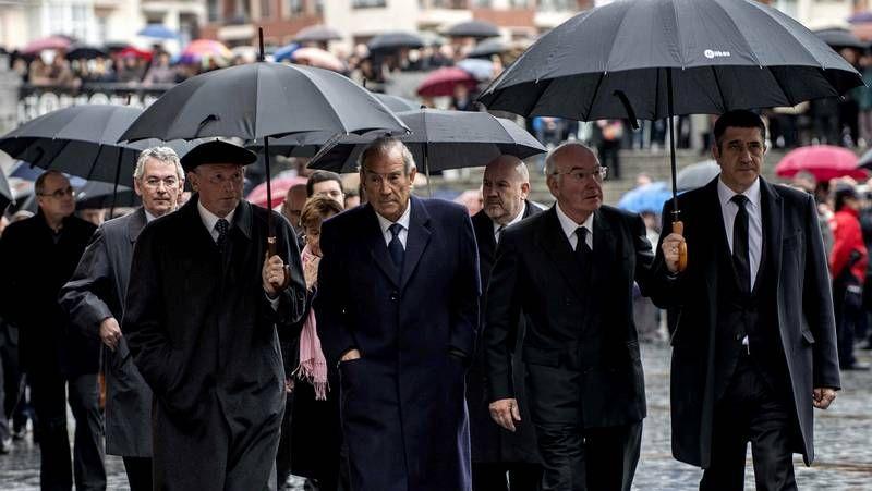 Homenaje al presidente del consenso