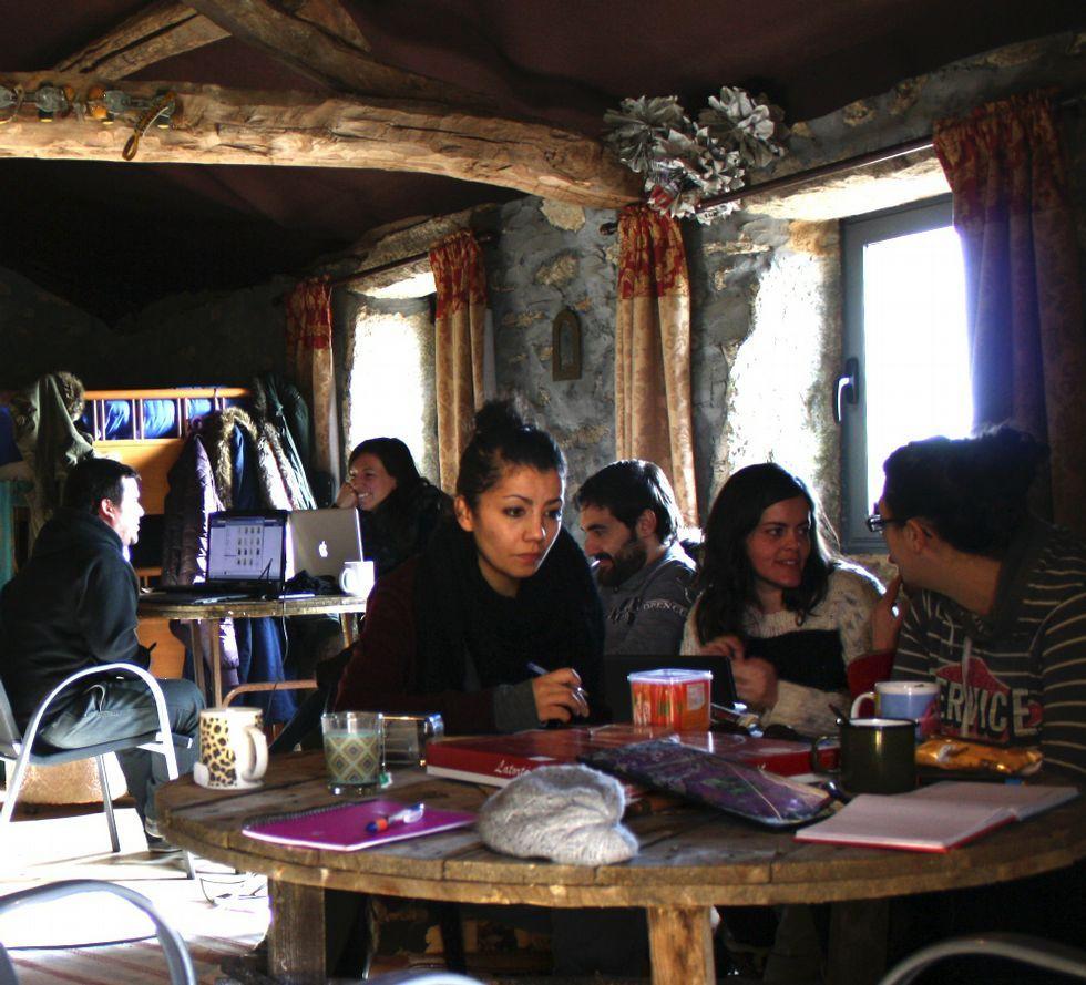 Los cotrabajadores hicieron una excursión a Senderiz.