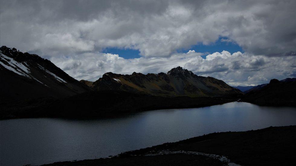 Glaciar Pastoruri, la prueba del calentamiento global.Fernando Martínez Vidal