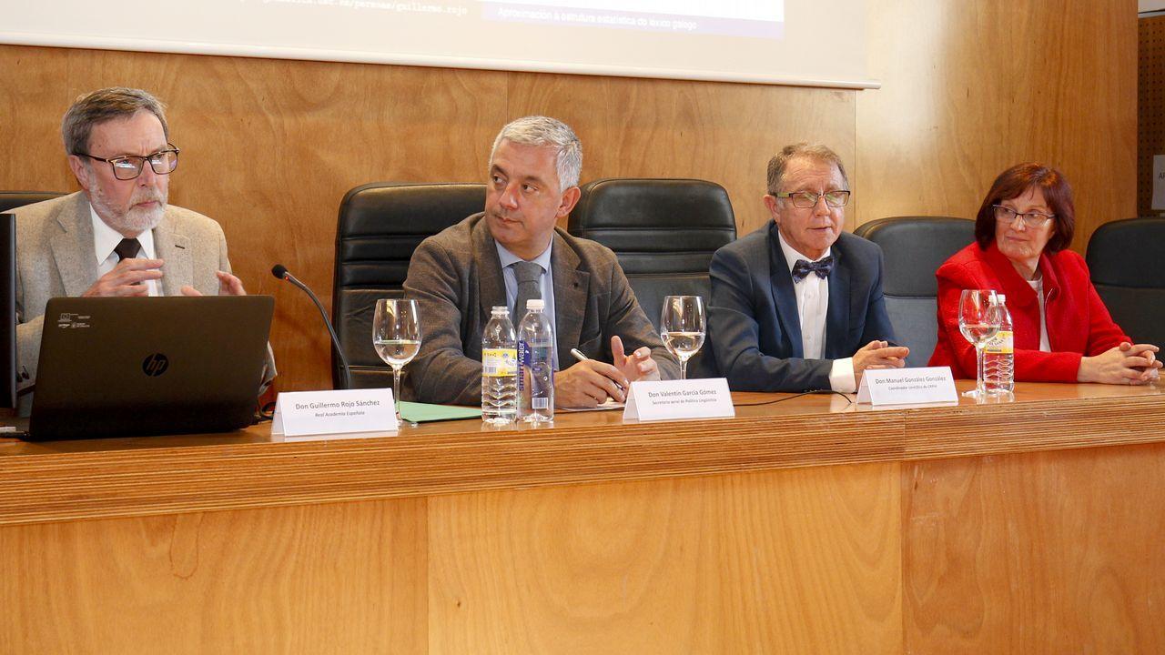 Darío Villanueva, Víctor García de la Concha y Ana Rosa Semprún, durante la presentación del libro de estilo
