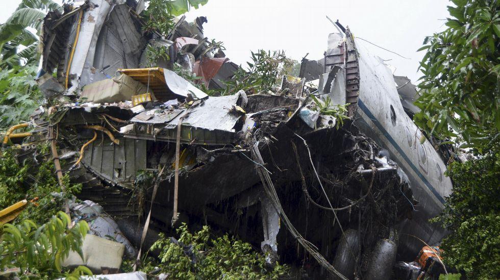 Restos del avión estrellado en Sudán del Sur