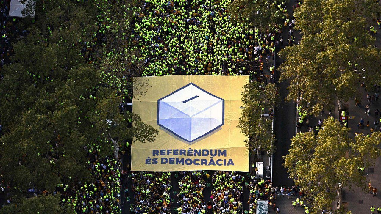 Así digiere Barcelona el día después.Roberto L. Blanco, Xavier Arbós, Eduardo Vírgala y Joaquín Varela