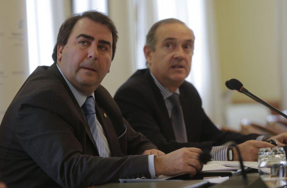 Carlos Negreira y Enrique Losada, durante la presentación de Smartport.