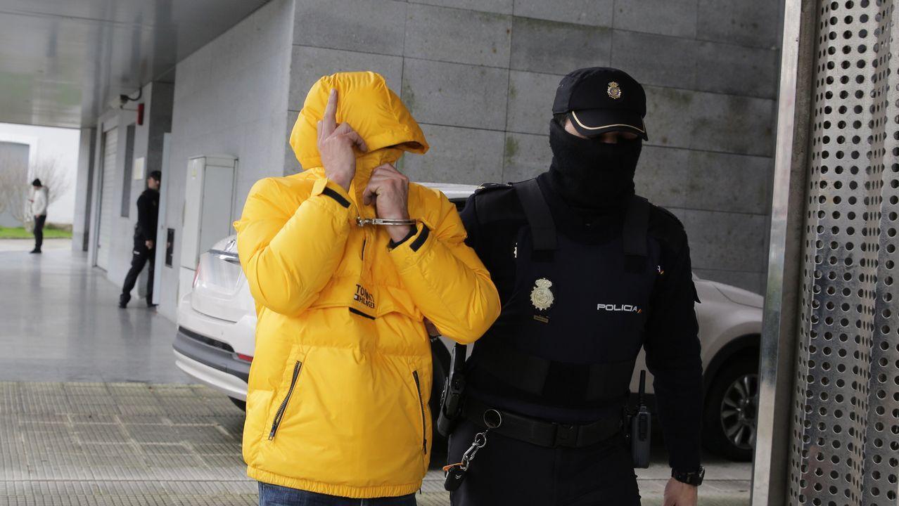 Un histórico narcotraficante asturiano, detenido tras 15 años huyendo de la Justicia.Uno de los detenidos, ayer