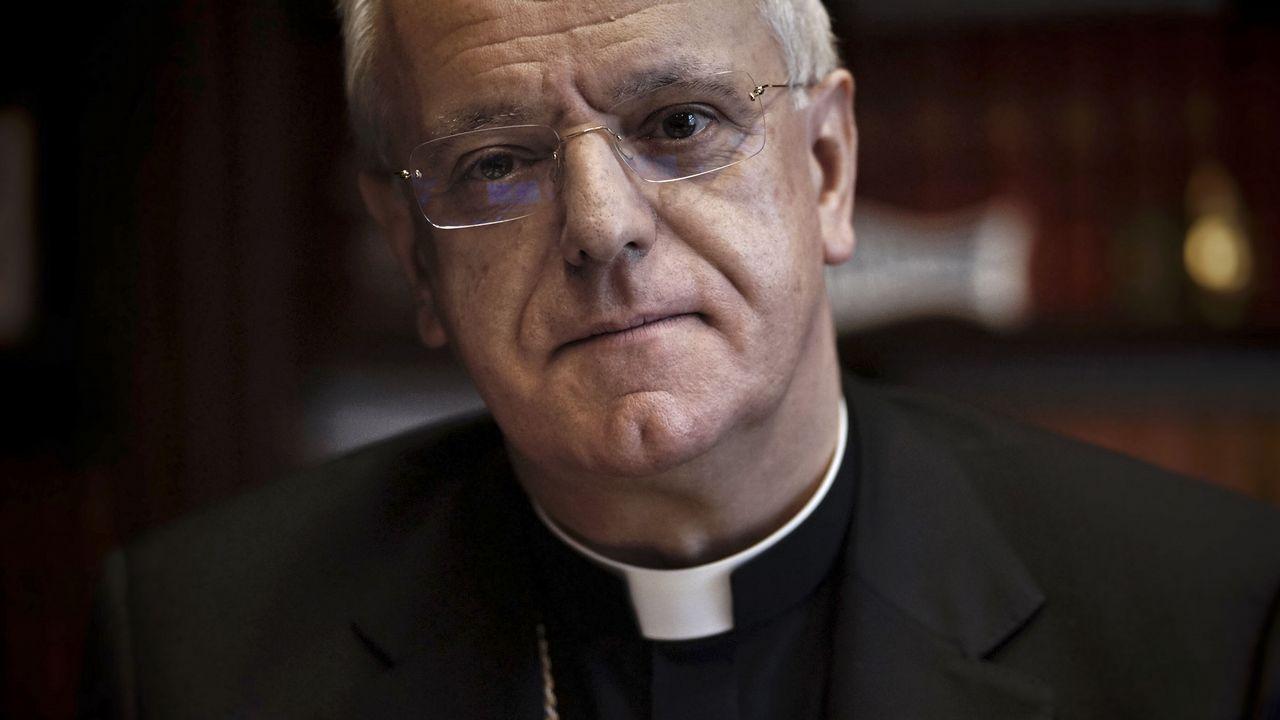 «Asistía a una misa de domingo, sentí un profundo escalofrío y me pregunté: 'Por qué yo no'». EL PAPA BENEDICTO XVI EN UNA IMAGEN DE ARCHIVO
