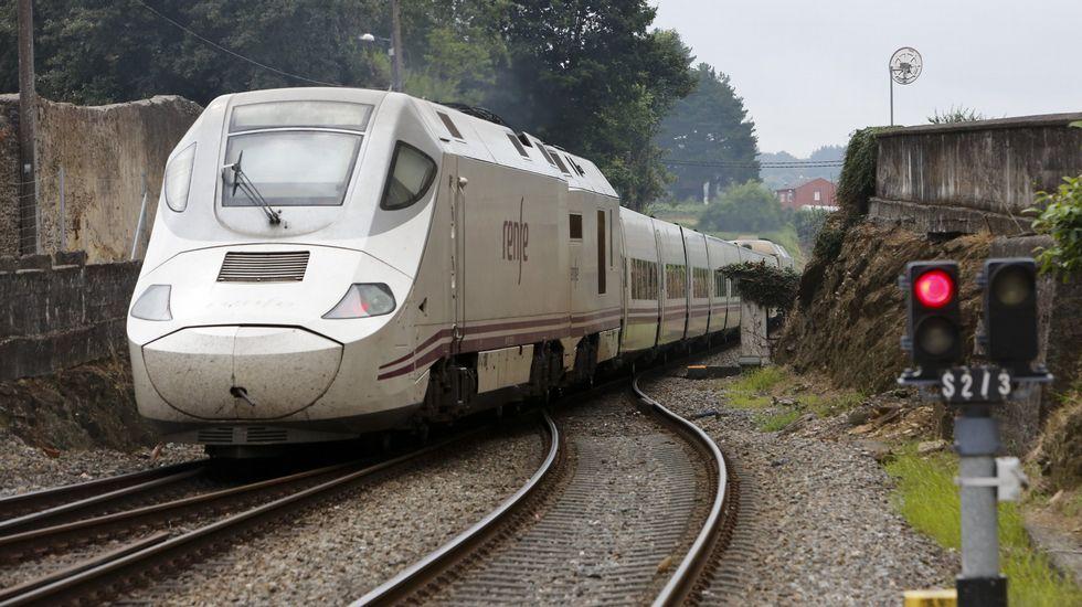 El tren más afectado salió de la estación de Ferrol a las seis menos cinco de la mañana