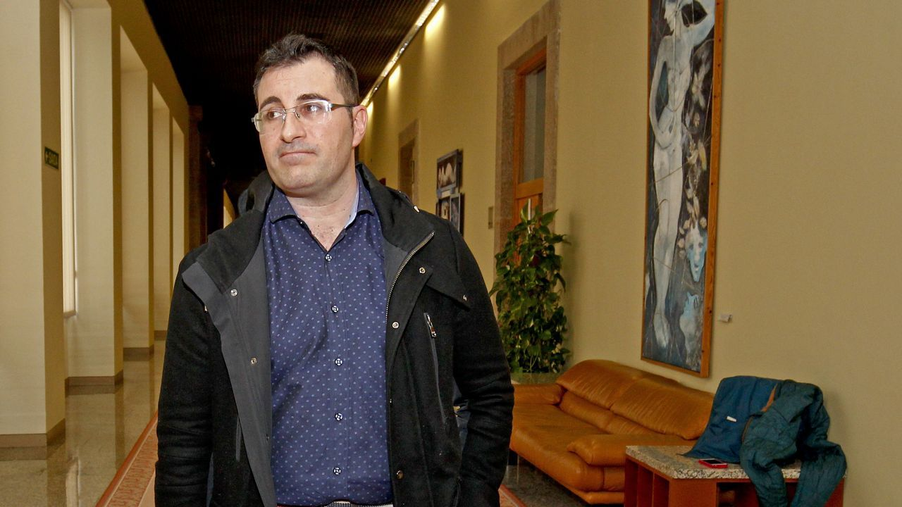 Bescansa: ?El borrador no era conocido por Errejón ni por mí en su redacción?.Rajoy y Cristina Cifuentes, en la convención del PP