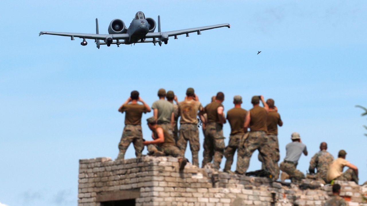 .Un avión de la fuerza aérea estadounidense, durante un ejercicio de la OTAN en Skrunda (Letonia)