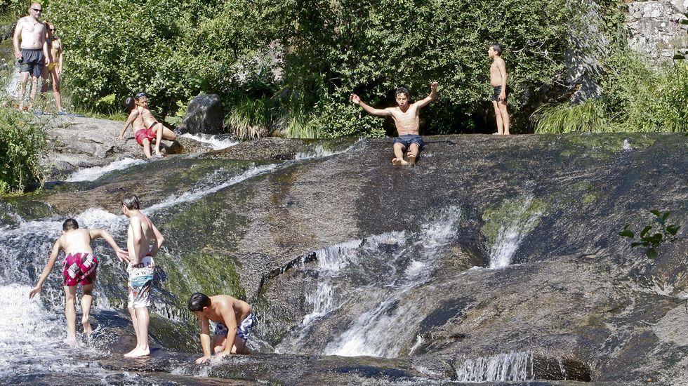 De cabeza a las mejores piscinas naturales for Piscinas naturales ourense