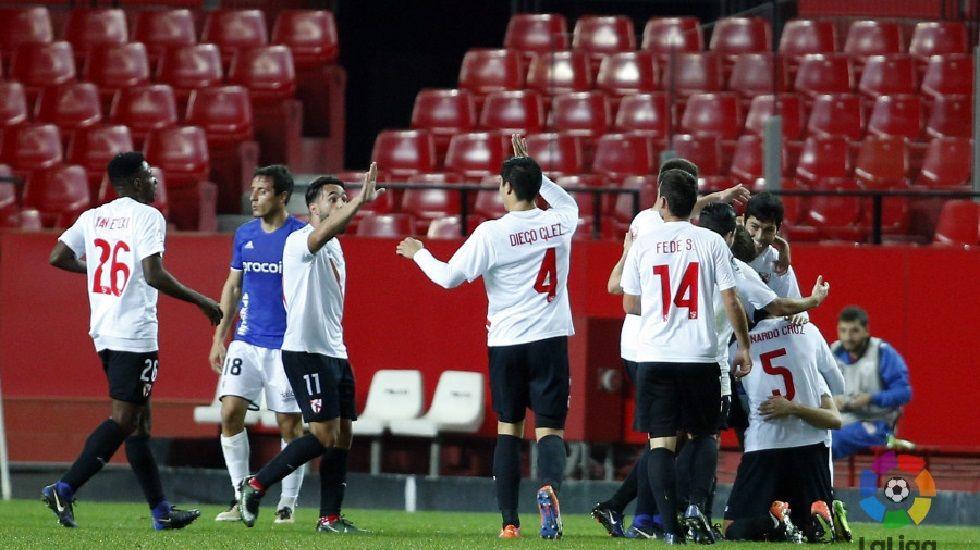 El Sevilla Atlético celebra el segundo tanto frente al Real Oviedo la temporada pasada