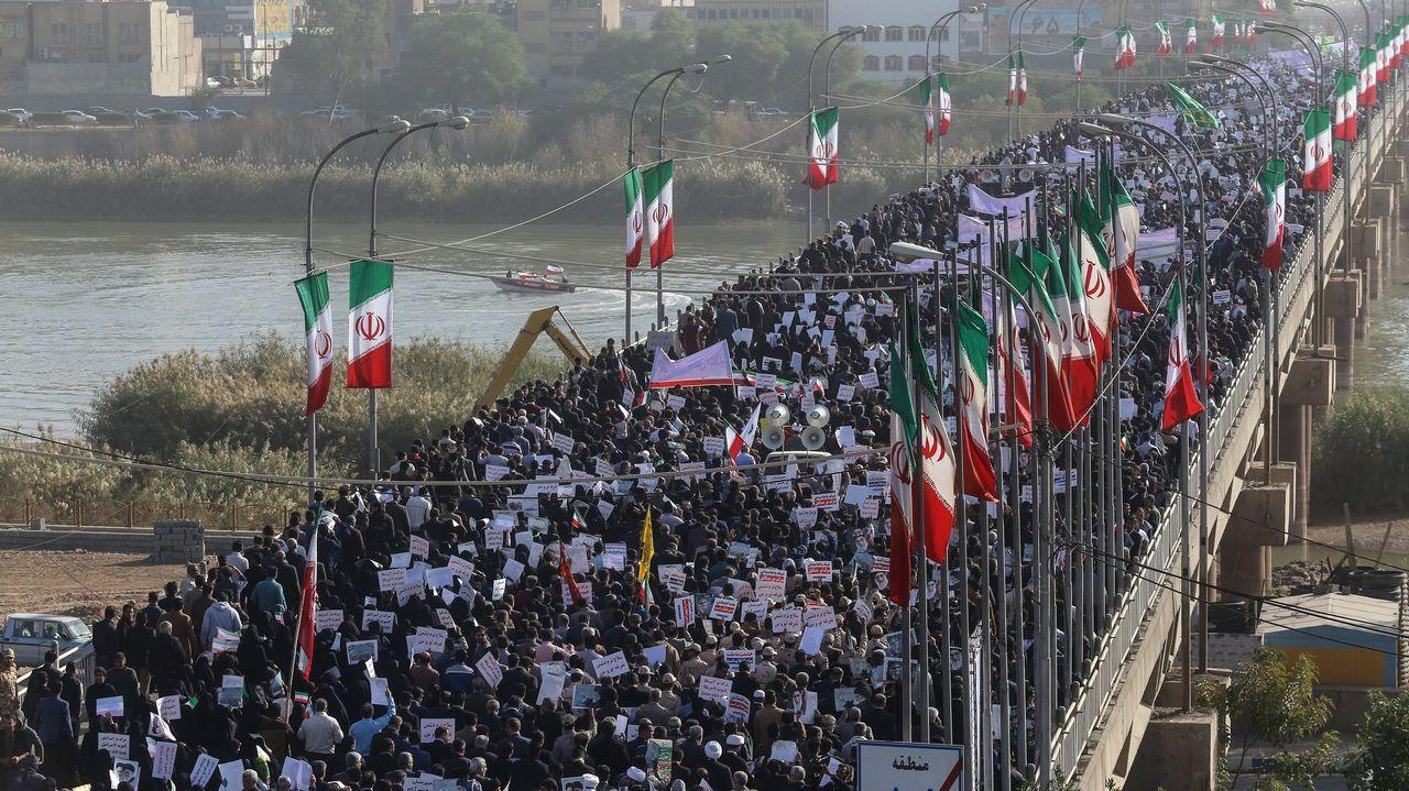 Concentración de apoyo al Gobierno de Irán en la localidad de Ahvaz