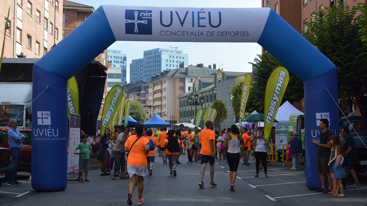 La sede de Duro Felguera.Carrera popular en Oviedo