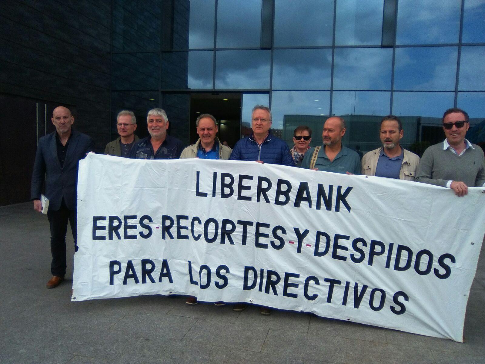 Protesta contra el ERE de Liberbank