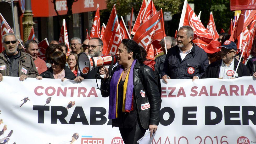 Manifestación emigrantes retornados en Ribeira.Manifestación de la CIG A Estrada.