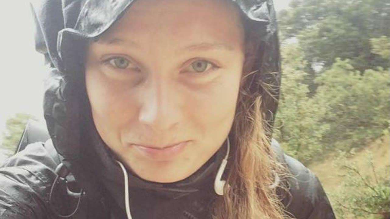 2.000 kilos de ayuda para Marruecos.Louisa Vesterager Jespersen durante una de las etapas del Camino de Santiago, que recorrió en noviembre del 2015