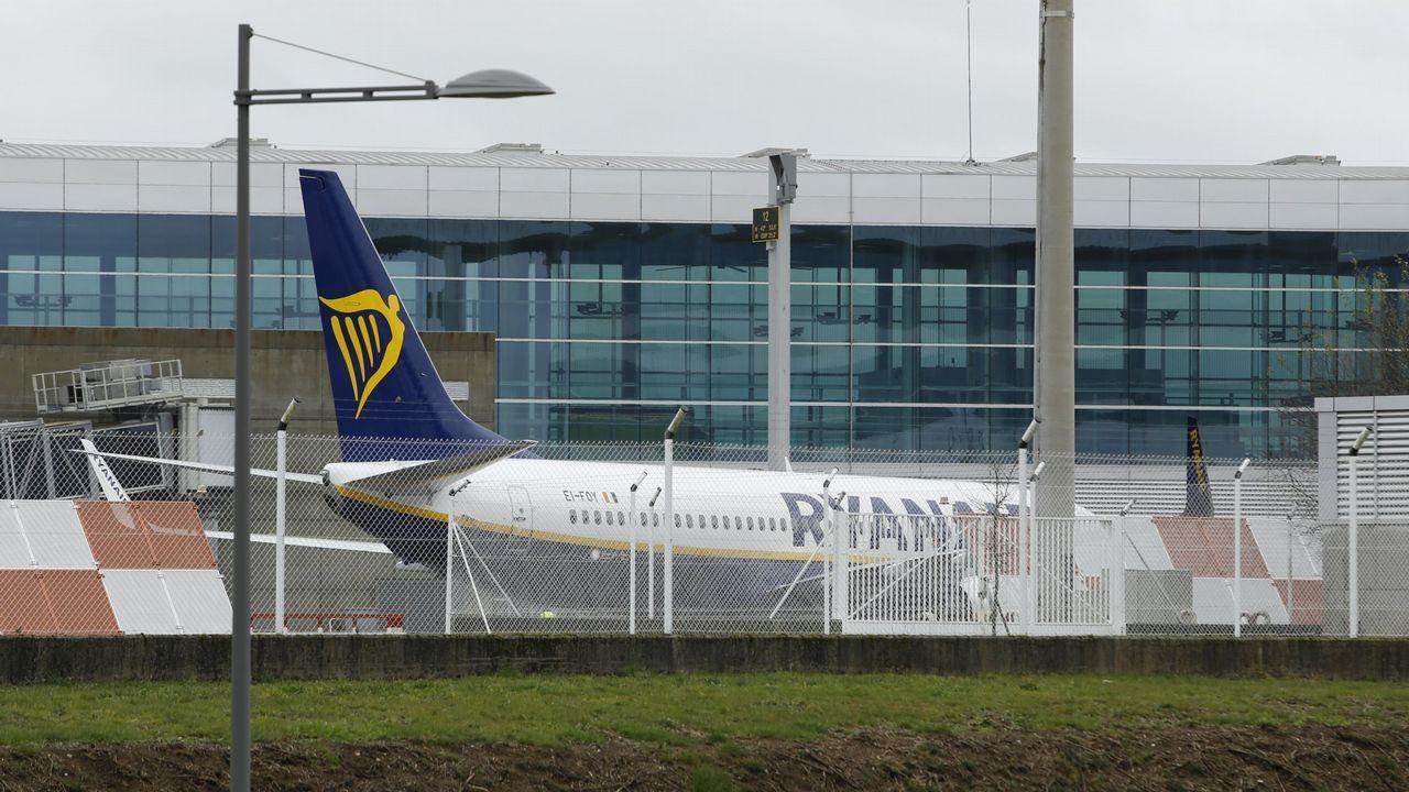 Air Europa, compañía, aerolínea.El alcalde asistió al inicio de la demolición y dijo que así se soluciona «un error histórico»
