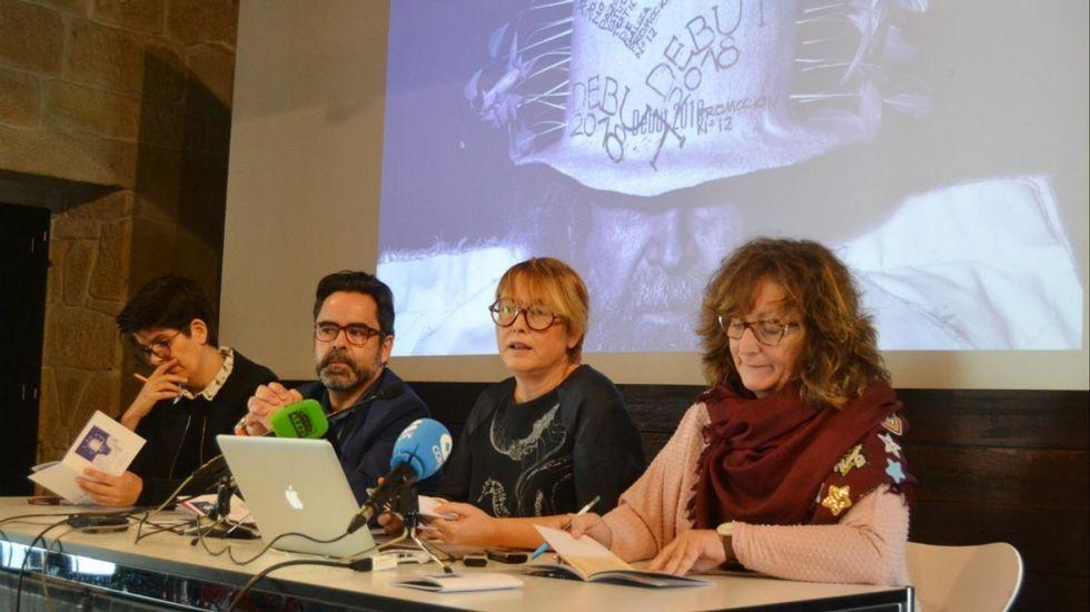 El Finisterre se transforma en alfombra roja.Algunas de las obras que expone Gloria García Lorca fueron hechas en Galicia