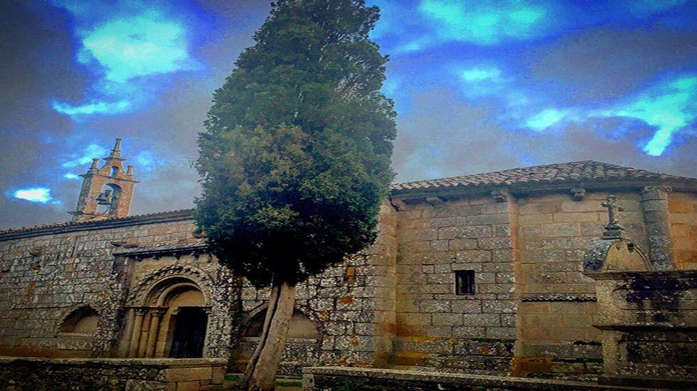 Entrada del Camino en el casco histórico de Compostela.Santa María de Melide.
