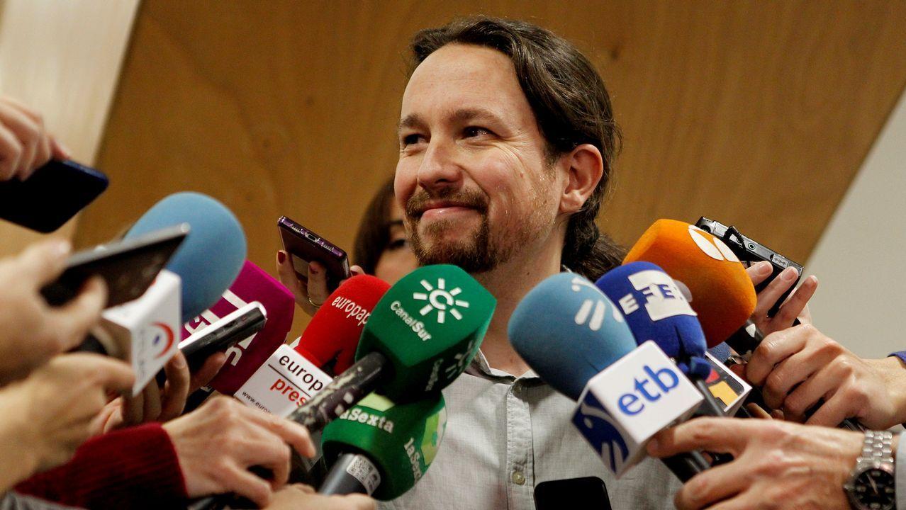 Pablo Iglesias admite los malos resultados en Cataluña y carga contra el PSOE.Rajoy junto al presidente de la Generalitat, Ximo Puig