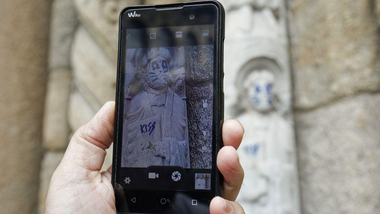 Así son los daños en una escultura del siglo XII