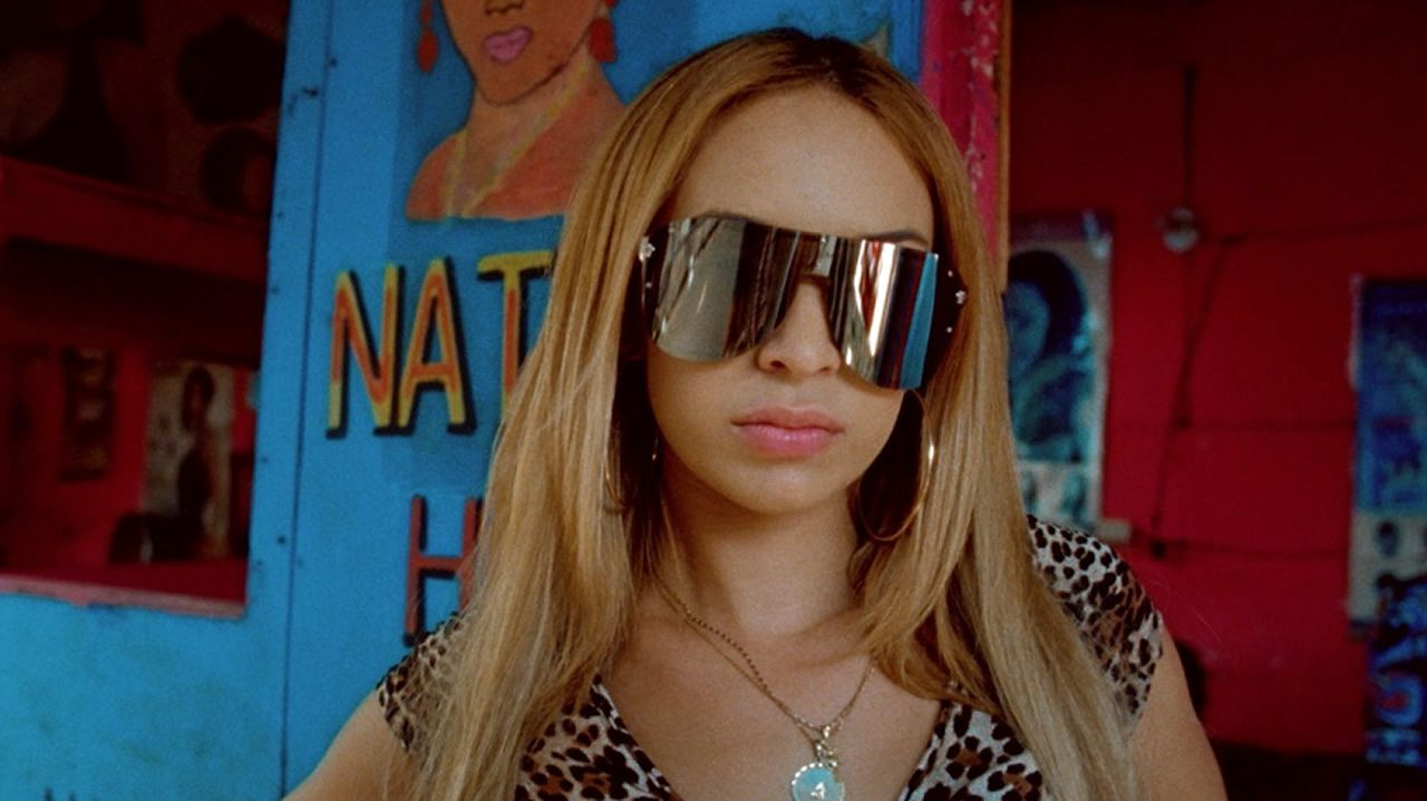 Bad Gyal, en uno de sus últimos videoclips, el de la canción «Candela»
