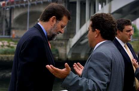 Rajoy y Lores apenas se han prodigado juntos en actos públicos en los últimos años.